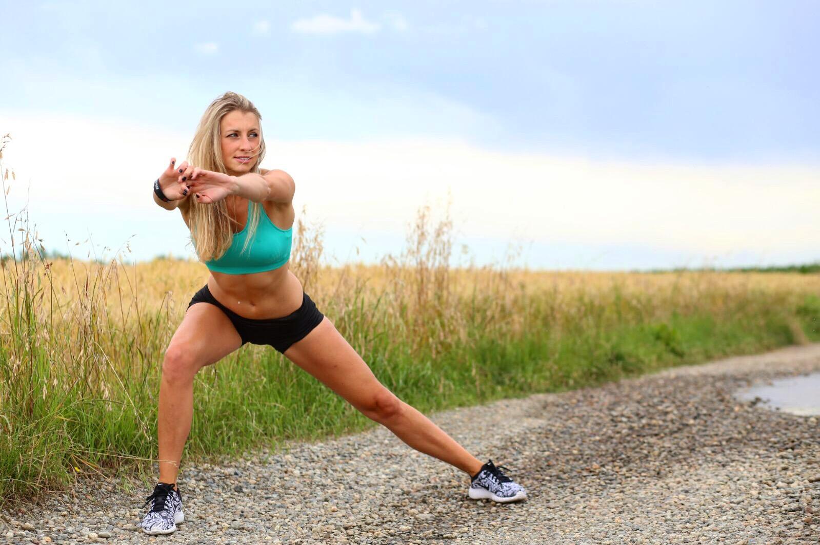 Stretching ed allenamento Outdoor. Non rinunciate piuttosto diversificate i posti. PH MOMI.BRAND